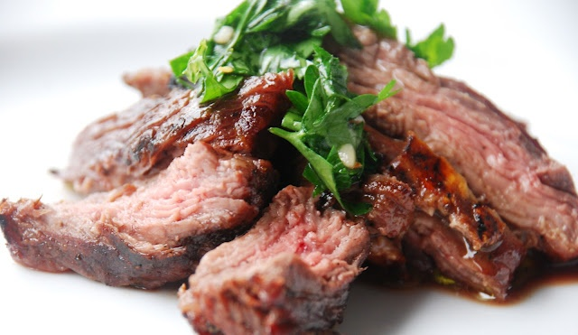 Skirt Steak With Chimichurri Sauce | ScrumDiddLYumptioUs | Pinterest