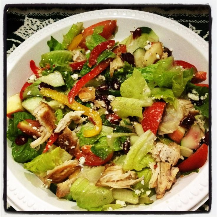 2012 Detox: Grilled Chicken Salad with Feta, Dried Cranberries and Ap ...