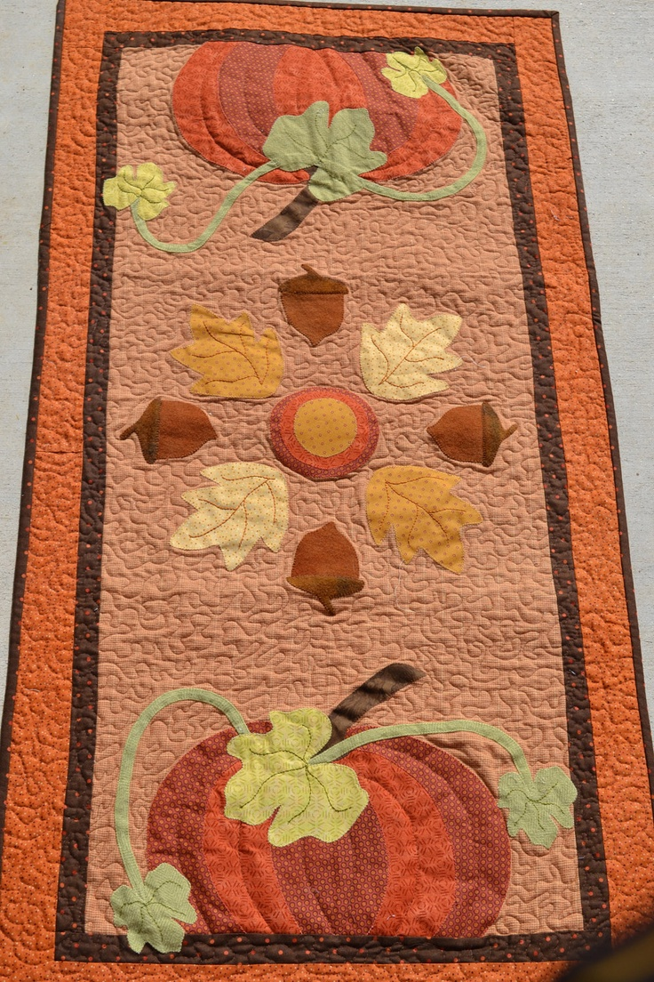 Fall table runner pumpkins acorns for Fall table