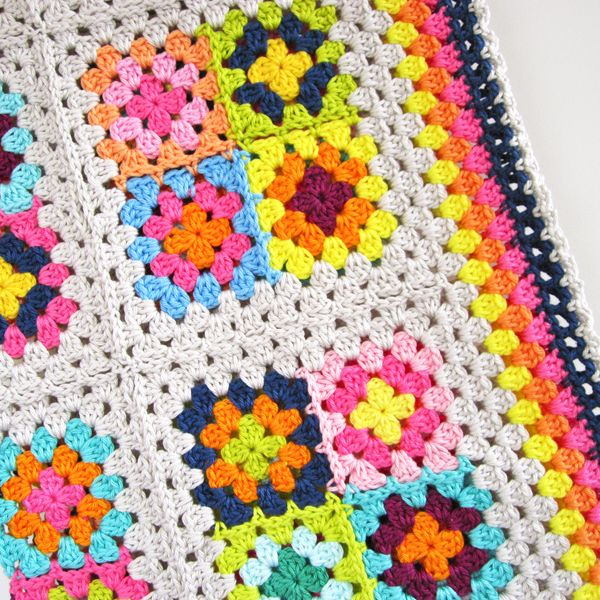 Crochet Pattern Granny Square Blanket crochet-blankets ...