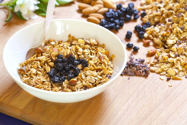 Maple-Olive Oil Granola With Cocoa Nibs, Hazelnuts And Cherries Recipe ...