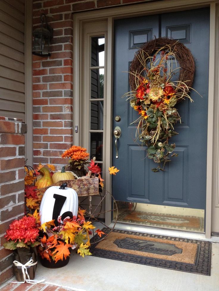 Fall front porch decor festive fun pinterest for Front porch fall decor