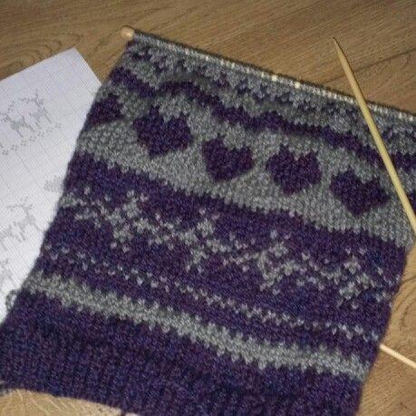 Knitting Patterns For Scarves For Men : CHRISTMAS FAIR ISLE JUMPER KNITTING PATTERNS   KNITTING PATTERN
