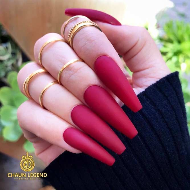 Watch Hot Color Shades to Stay Fashionable with Ballerina Nails video