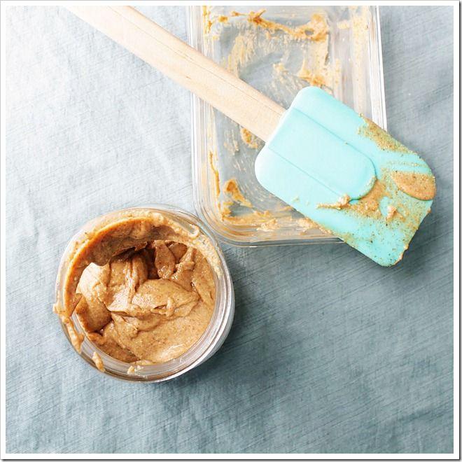 Homemade Almond Butter - Make homemade almond butter in a few minutes ...