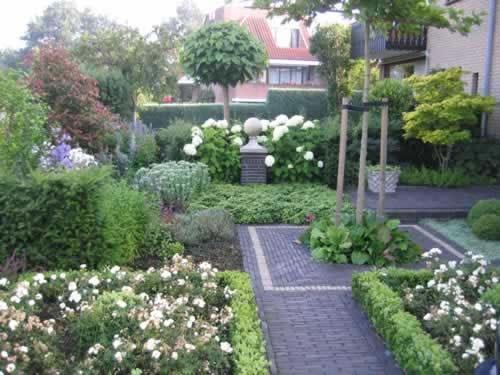 Voortuin « ZelkovA Tuinontwerp  Woning Ontwerp Voorbeelden