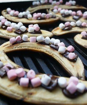 Chocolate And Marshmallow Stuffed BBQ Bananas Recipe — Dishmaps