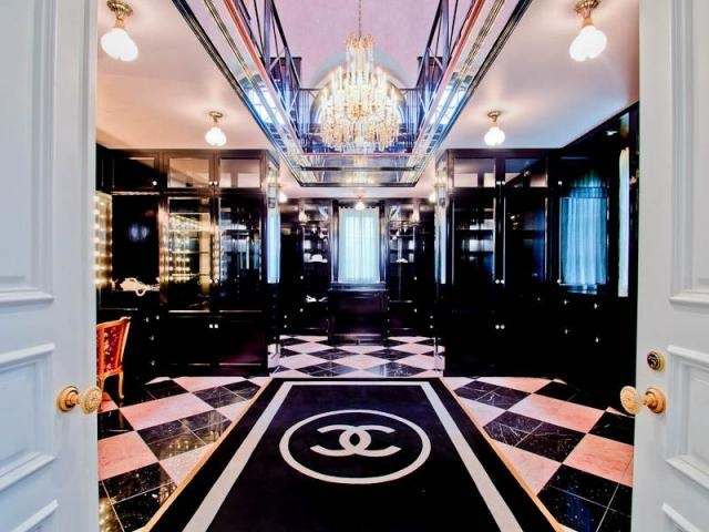 Coco Chanel Store In France Europe 20 13 Pinterest