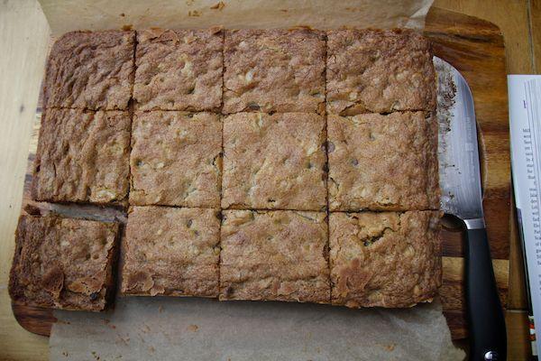 chocolate chunk & walnut blondies   Inspiration   Pinterest