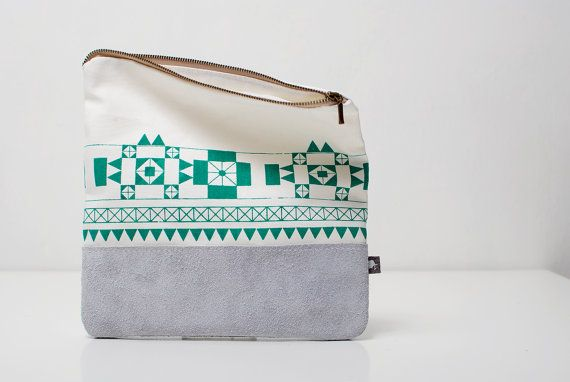 Geometric Printed Pouch in Emerald Green
