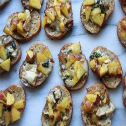 Peach Crostini | Appetizers- Finger Good -First Course | Pinterest