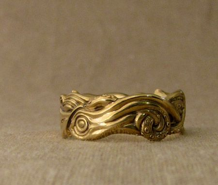 Cheyenne Weil's 18K hand-carved squid ring for her partner Joshua. Go ...
