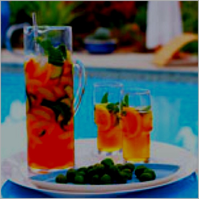 Pimm's Cup...perfect for a warm holiday! http://m.myrecipes.com ...