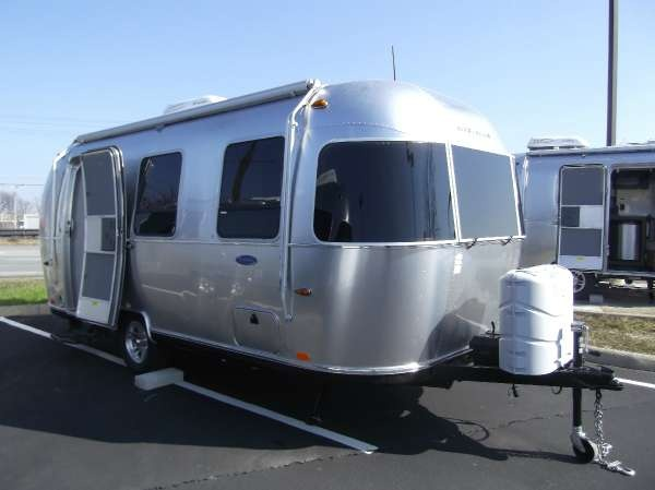 Simple Airstream Sport Review | Autos Post