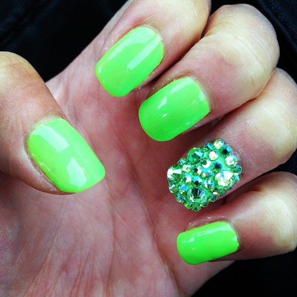 Nail Designs Neon Green: Awesome green nail art designs. Gallery for ...