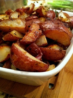 Roasted potatoes with pearl onions and bacon