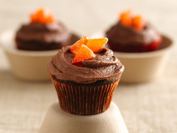 Chocolate Orange Cupcakes...I want to try these for my Momma! She ...