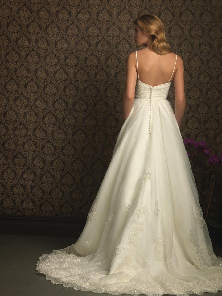 Spaghetti strap wedding gown dream wedding pinterest for Wedding dress spaghetti strap