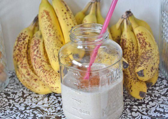 Banana bread milkshake. | fitspo. | Pinterest