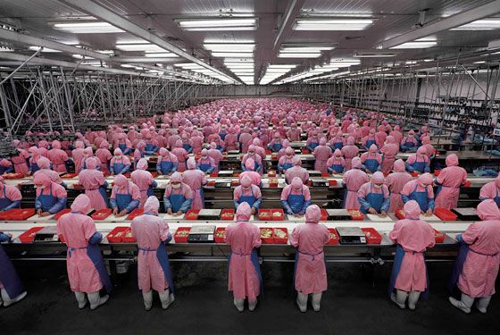 Edward Burtynsky's Manufacturing #17