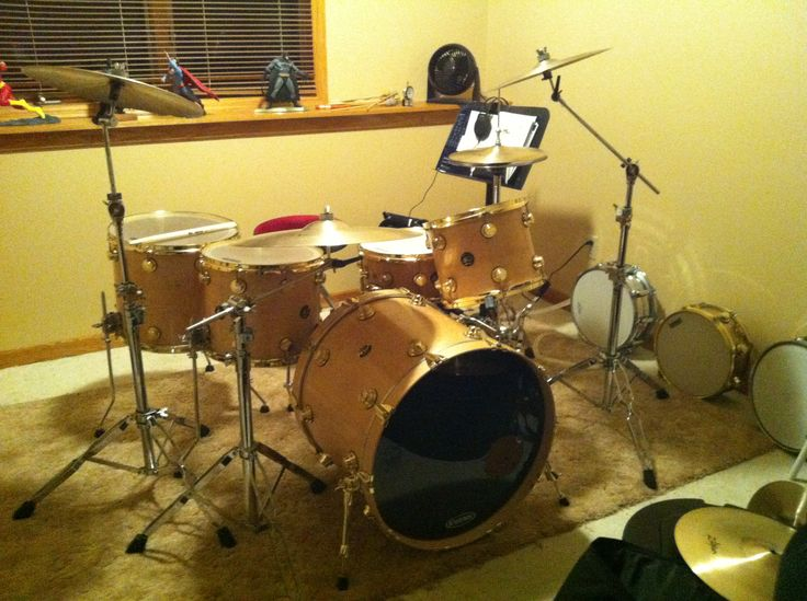 My current configuration dw drums in natural satin finish for 16 x 12 floor tom