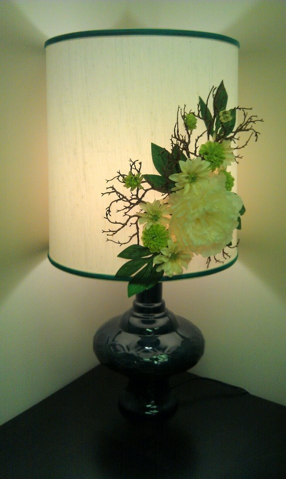 upcycled flower lamp shade for the home pinterest. Black Bedroom Furniture Sets. Home Design Ideas