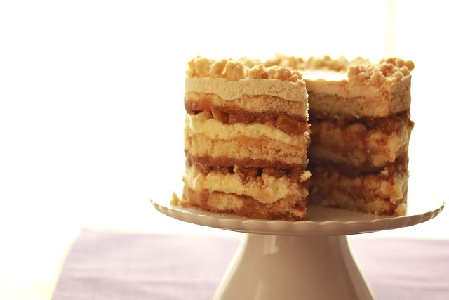 apple pie layer cake | Apple of my Eye | Pinterest