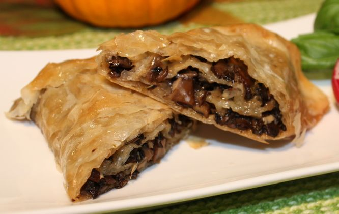 Mushroom Strudel | German food | Pinterest