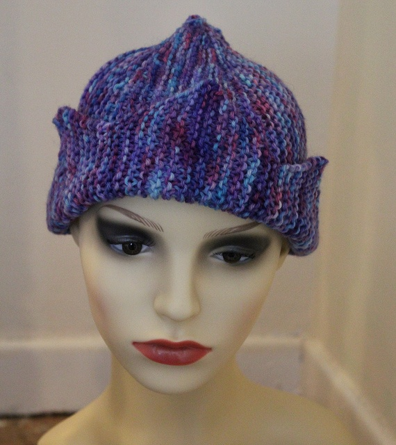 Knitting Pattern Jughead Hat : Jughead hat - pattern from Domiknitrix Yarn it Pinterest