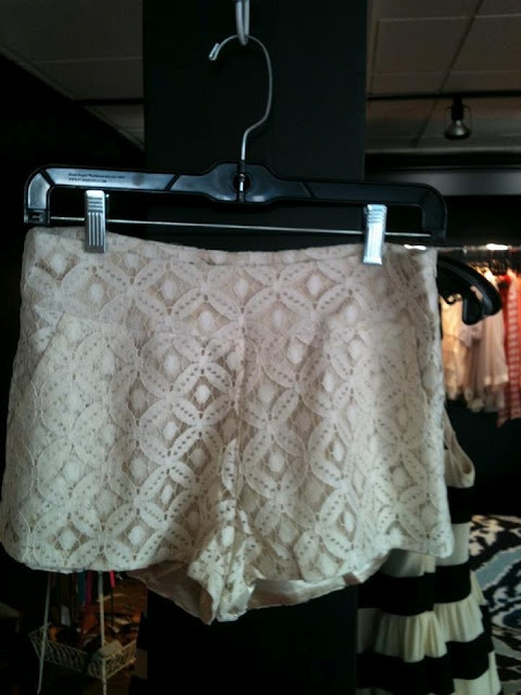 Topshop Corded Lace Shorts : A splashy floral motif