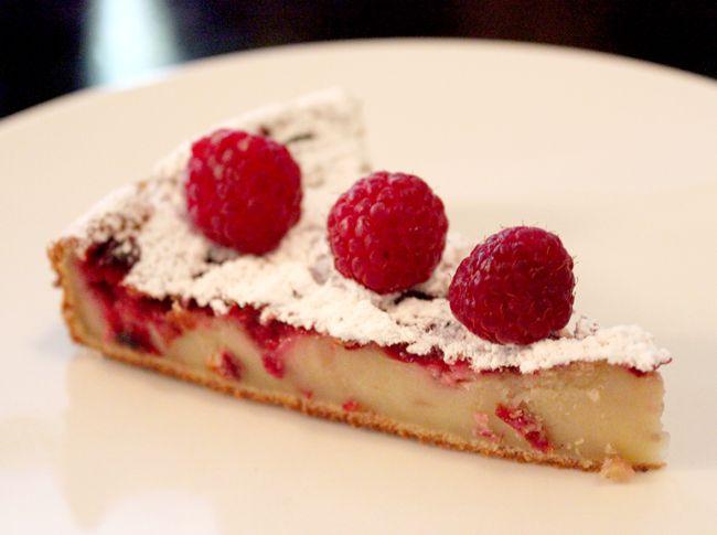 Clafoutis framboises (raspberry clafoutis cake) La Gazzetta, Paris