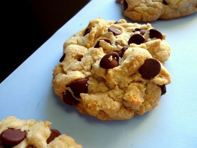 Thick and Chewy Chocolate Chip Cookies   Food & Drink   Pinterest