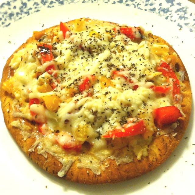 Just Veggin' Pita Pizza Recipe — Dishmaps