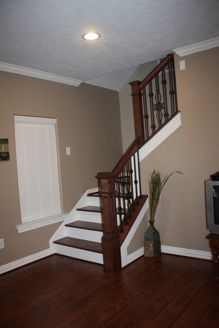 Hardwood floors and stairs for Hardwood floors on stairs