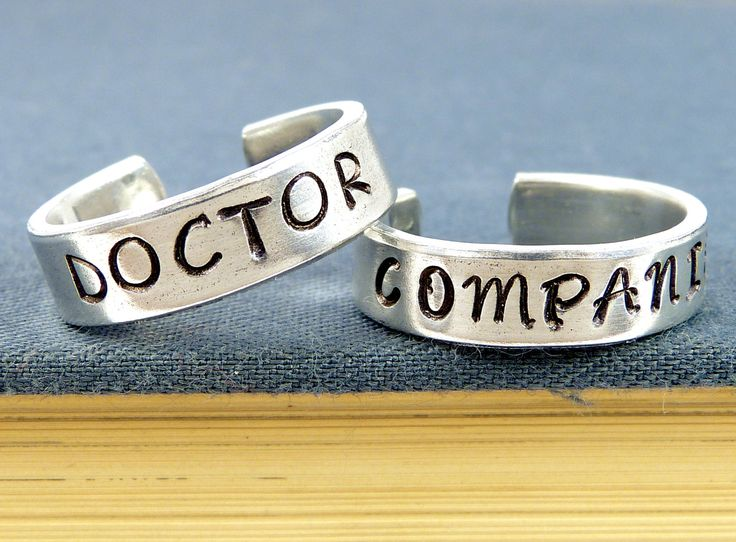 doctor who and companion couples best friends ring set