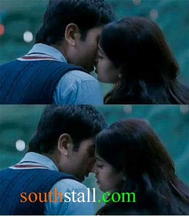 d day movie lip lock