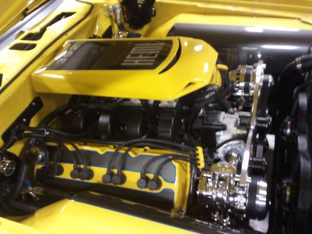 DODGE Challenger 426cid Hemi | Engines and Enginerooms ...