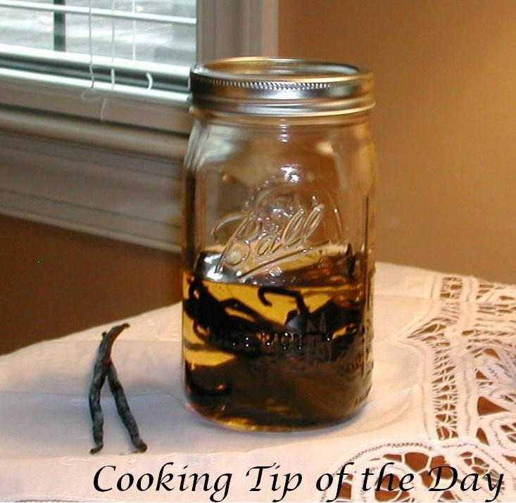 How to Make Vanilla Extract | Condiments, Sauces & Spices | Pinterest