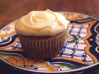NO SUGAR CREAM CHEESE ICING  ______________________________  Ingredients     1/4 cup butter, softened   3/4 cup kefir cream cheese   1/2 cup honey   1 Tbs. vanilla extract   Juice of half a lemon      Boil honey 5 min and let cool. Beat butter and cream cheese until smooth. Pour in honey while mixer is running. Mix in rest and let cool 1 hour. Pour over top.