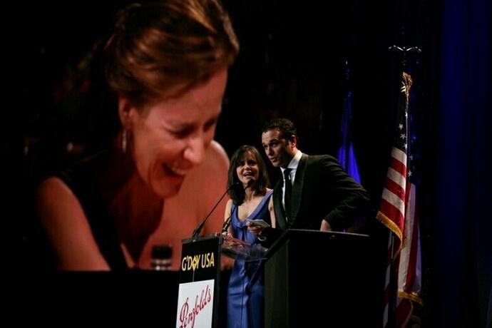Rachel Griffiths honoured by Sally Field and Matthew Rhys at 2009 LA Black Tie Gala