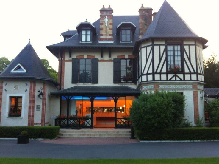 L Assiette Champenoise - Restaurant toiles MICHELIN 51430