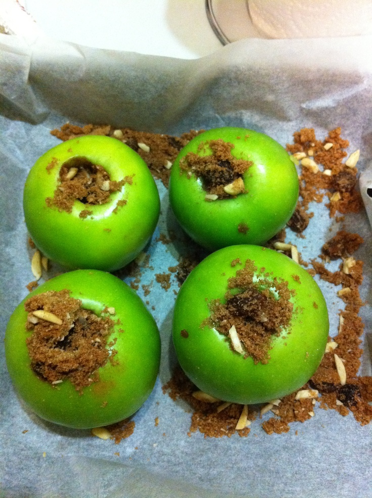 Baked Granny Smith apples stuffed with raisins,brown sugar,almonds and ...