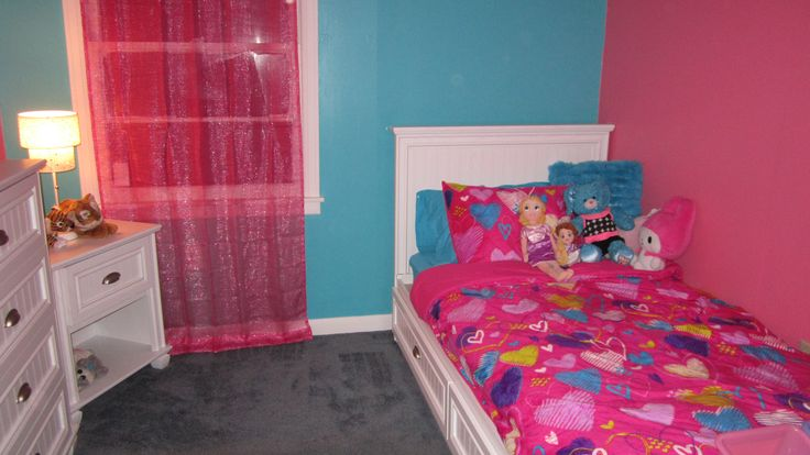 Girls bedroom pink and turquoise girl room 39 s pinterest for Turquoise and pink bedroom