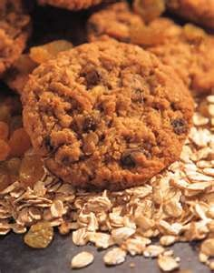 Oatmeal Raisin Cookies | Prego cravings | Pinterest