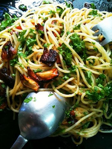 ... tv lunch angel hair with garlic oil and beef bacon life is great