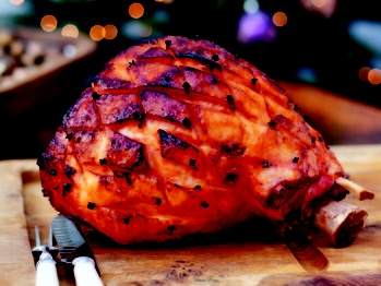 "Aromatic Christmas Ham"" from Cookstr.com #cookstr"