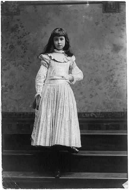 Consuelo Vanderbilt  Great-granddaughter of    Commodore    Cornelius    Cornelius Vanderbilt Wife