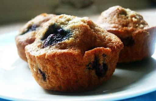 blueberry whole wheat muffins | Yummo | Pinterest