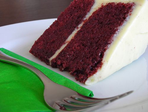 Healthy Low-Fat Red Velvet Cake & Cream Cheese Frosting Recipes ...