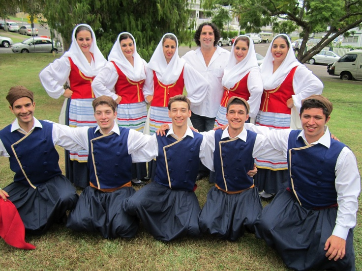 Kefalonia costumes.